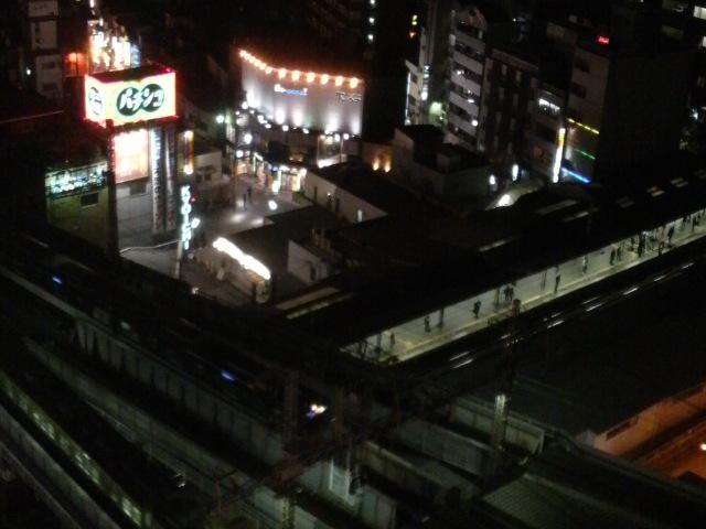 ホテル京阪京橋に泊まってます